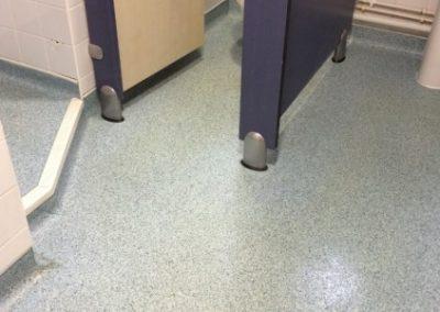 Altro-toilet-floor-cleaning-768x1024-460x300